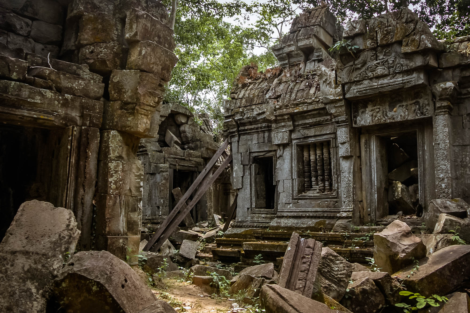 Banteay Ampil temple in siem reap