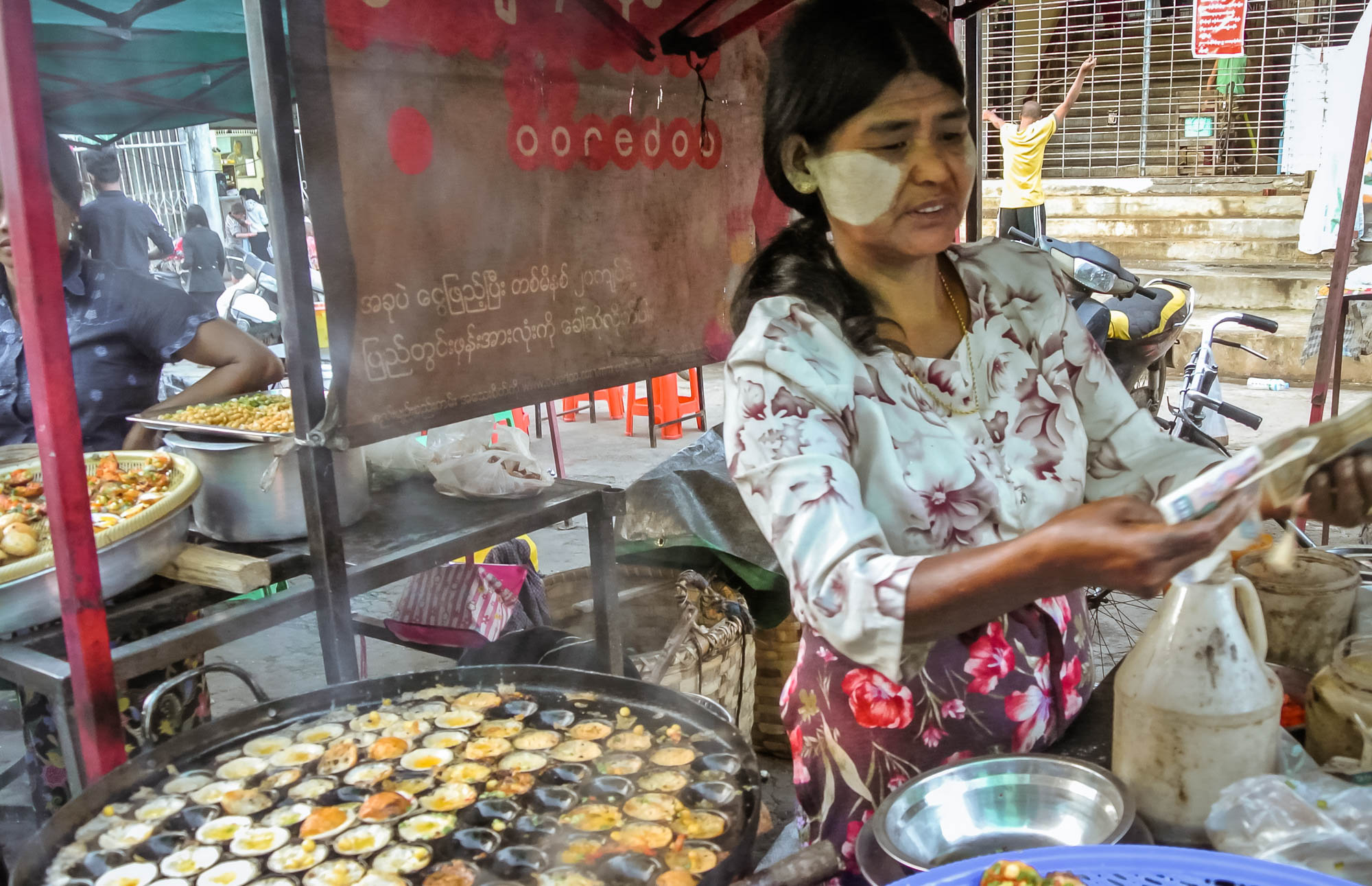 Lady Cooks in Myanmar