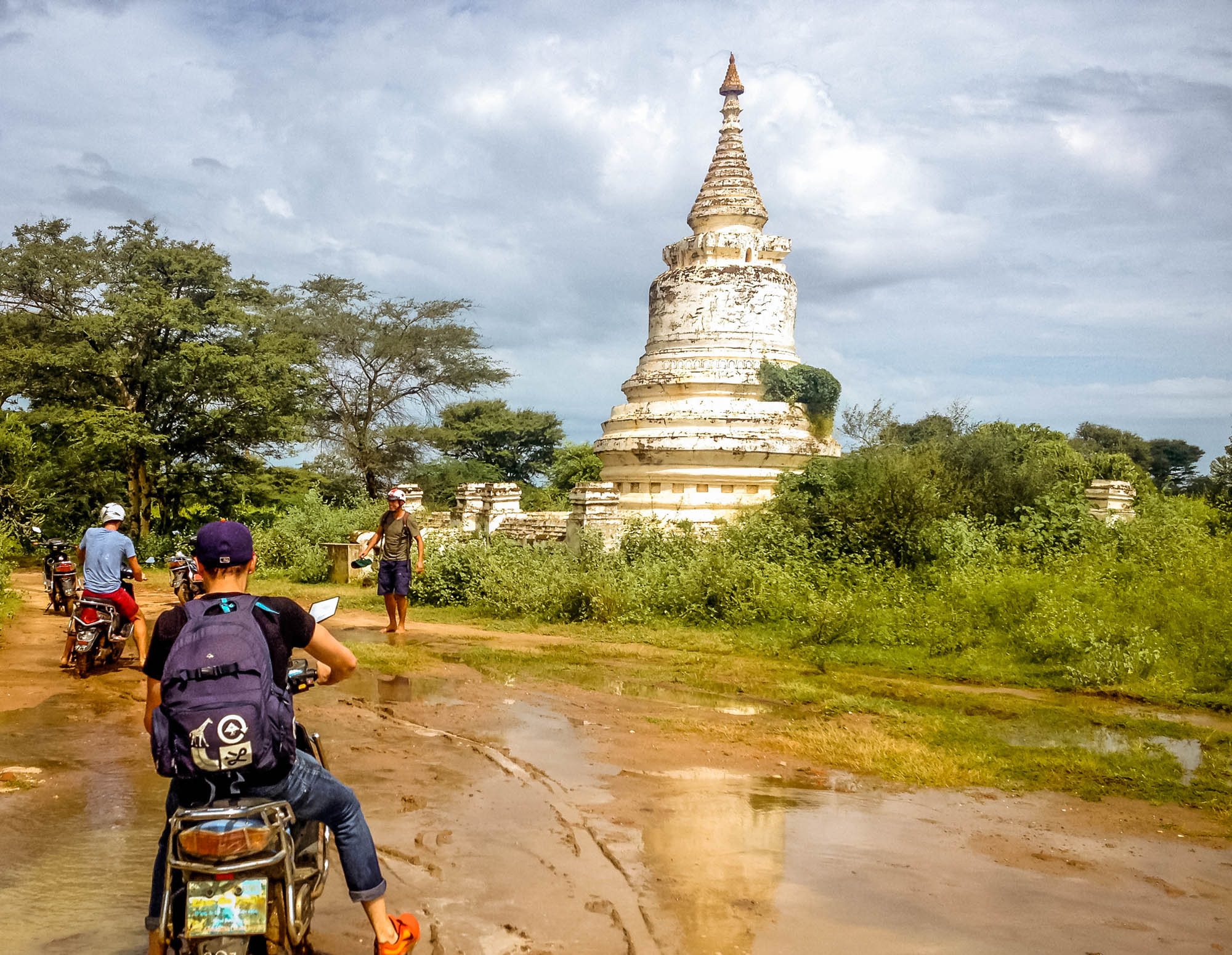 Exploring Bagan by E-Bike