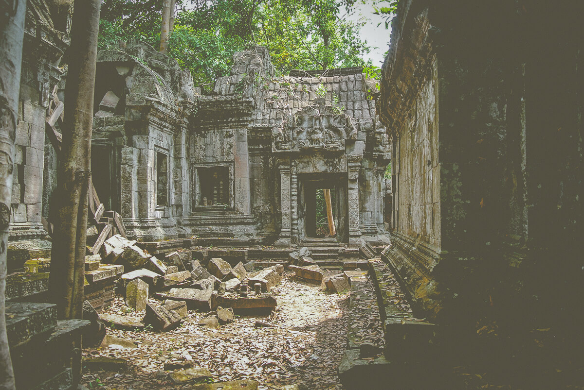 temples in siem reap Banteay Ampil